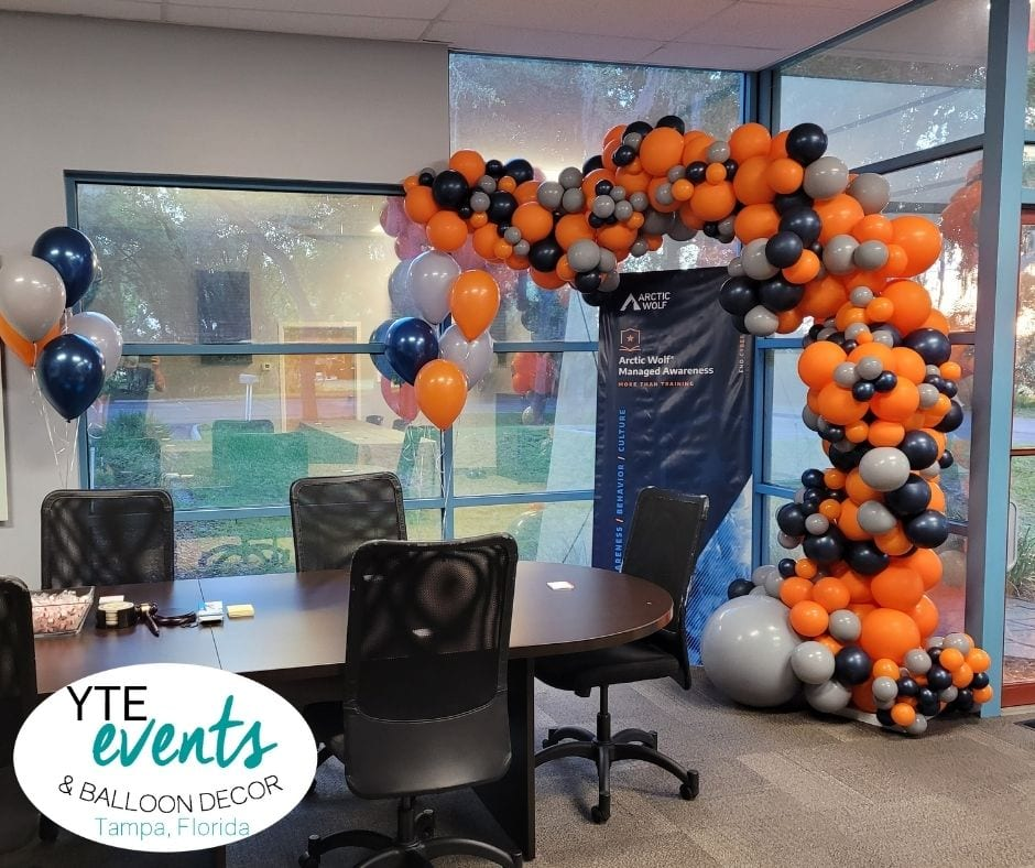 Artic Wolf Orange Gray Blue balloon decor company meeting balloon bouquets and arch