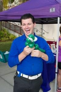 Balloon Twisting Cheval Cares Family Fun Run Balloon Twister Mr. Fudge