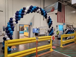 Balloon arch and columns at DSR1 Amazon Palmetto Location Tampa Florida St Petersburg