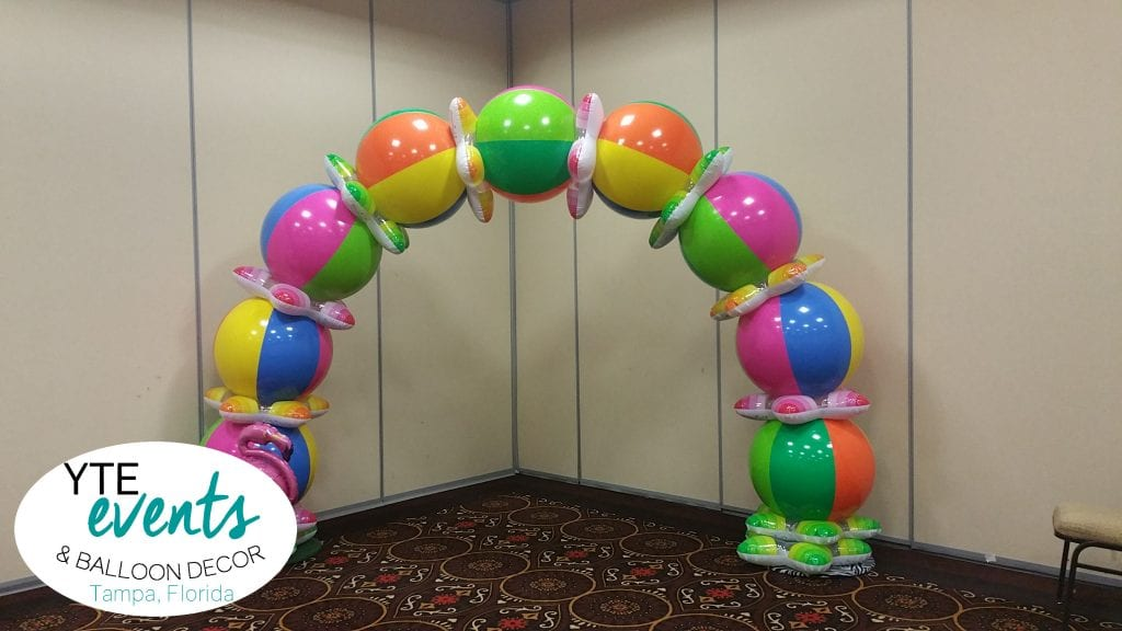 howto ball arch - sandi masori, america's top balloon expert, from balloon utopia and market with balloons in san diego shows how to make a simple air-filled table top arch.