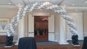 Specialty Balloon Arch Elegant black and white