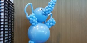 Elephant on a ball circus themed balloon sculpture
