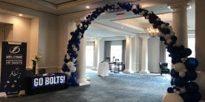 Tampa Bay Lightning Organic Balloon Arch with blue and white balloons