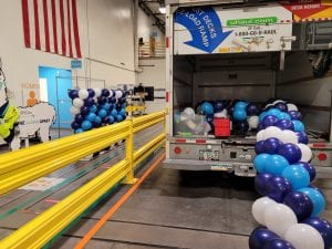 Unloading balloons DSR1 Palmetto Amazon Balloon Decor