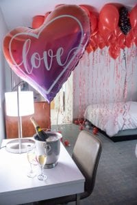Valentines Day balloons for Hotel Room with wine and helium