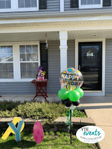 Yard Art Easter Balloon Delivery