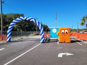 balloon arch and peccy sculpture for amazon tampa palmetto